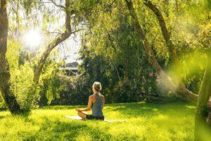 yoga-en-jardin