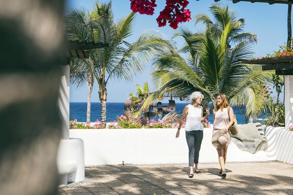 Resultado de imagen de Puerto de la Cruz consolida su recuperación como destino turístico