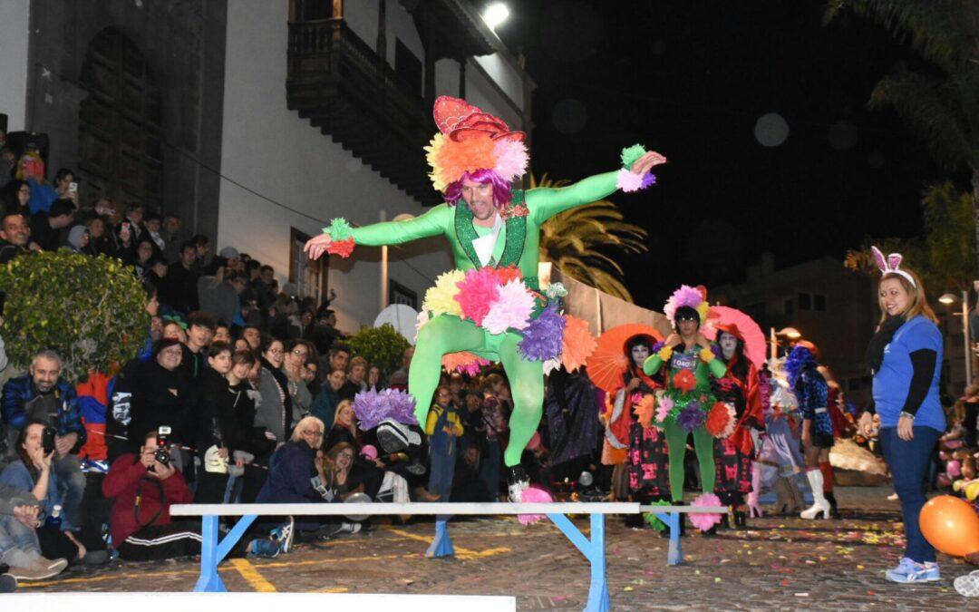 Resultado de imagen de Mascarita Ponte Tacón toma mañana las calles portuenses