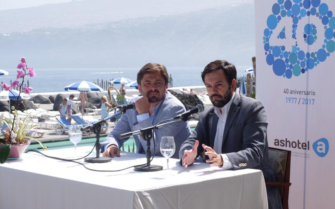 """Ashotel apuesta por """"un destino vivo"""" como Puerto de la Cruz para el acto central de su 40 aniversario, el próximo 28 de abril"""