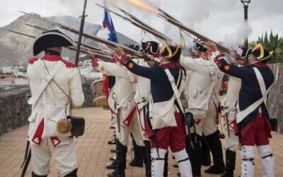 Puerto de la Cruz rinde homenaje a cinco hijos del Valle que dieron su vida en defensa de la isla