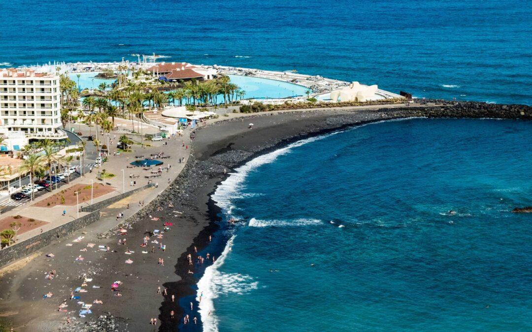 Se prohíbe el baño en la Playa de Martiánez y el Castillo