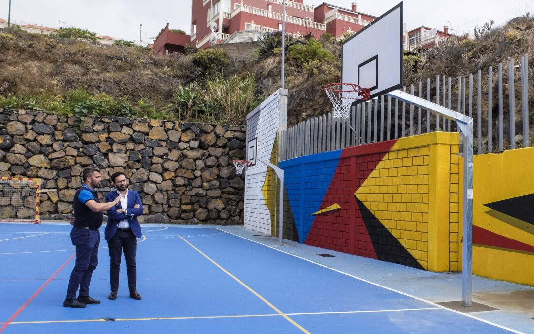 La concejalía de Deportes realiza una mejora integral en el polideportivo de Punta Brava