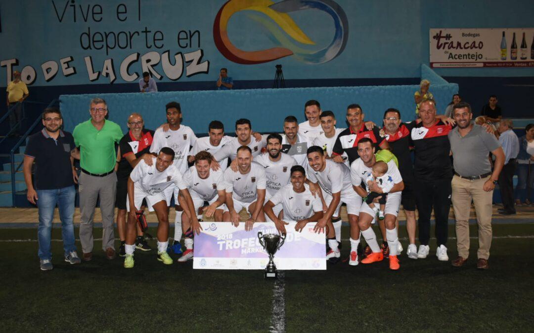 Triplete del CD Puerto Cruz que gana las tres categorías del Trofeo Teide Markomilk