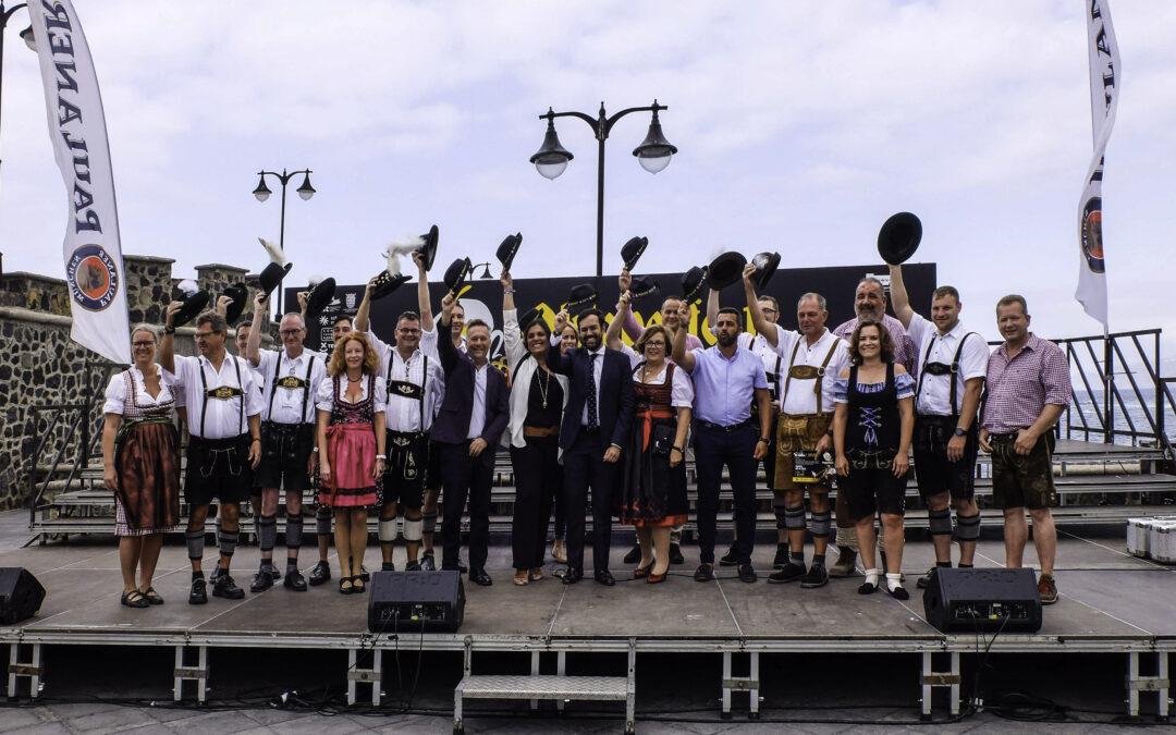 El Ayuntamiento recibe a las orquestas alemanas que participan en la Semana Bávara
