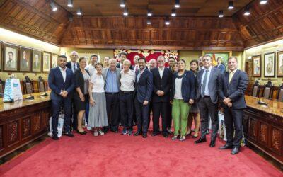 El Ayuntamiento portuense recibe a las selecciones del Mundial de Baloncesto Femenino