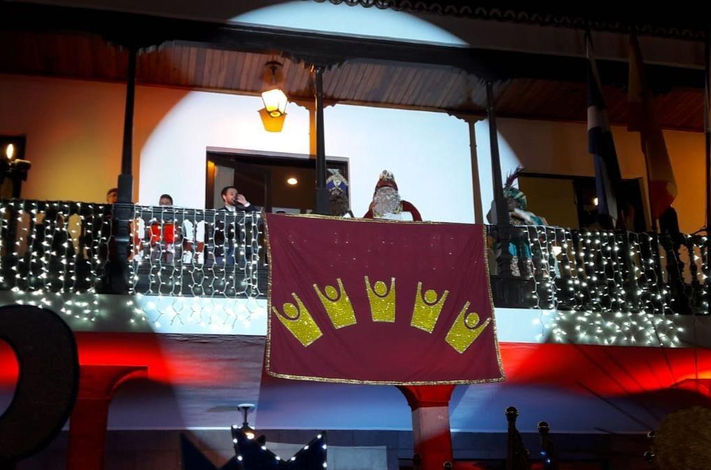 Más de quince mil personas asisten a la cabalgata de los Reyes Magos de Puerto de la Cruz