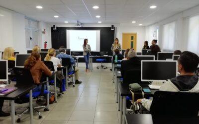 El CIE y FUNCASOR imparten un ciclo de charlas de sensibilización e iniciación al lenguaje de signos