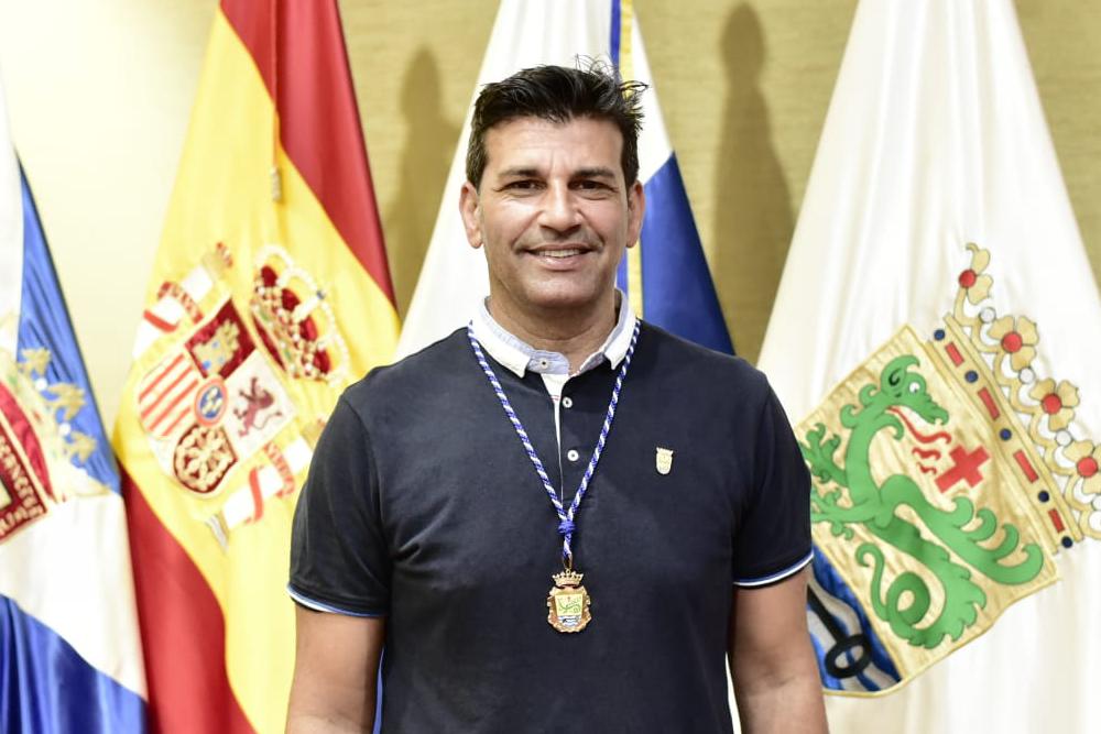 D. ALBERTO CABO PADRÓN