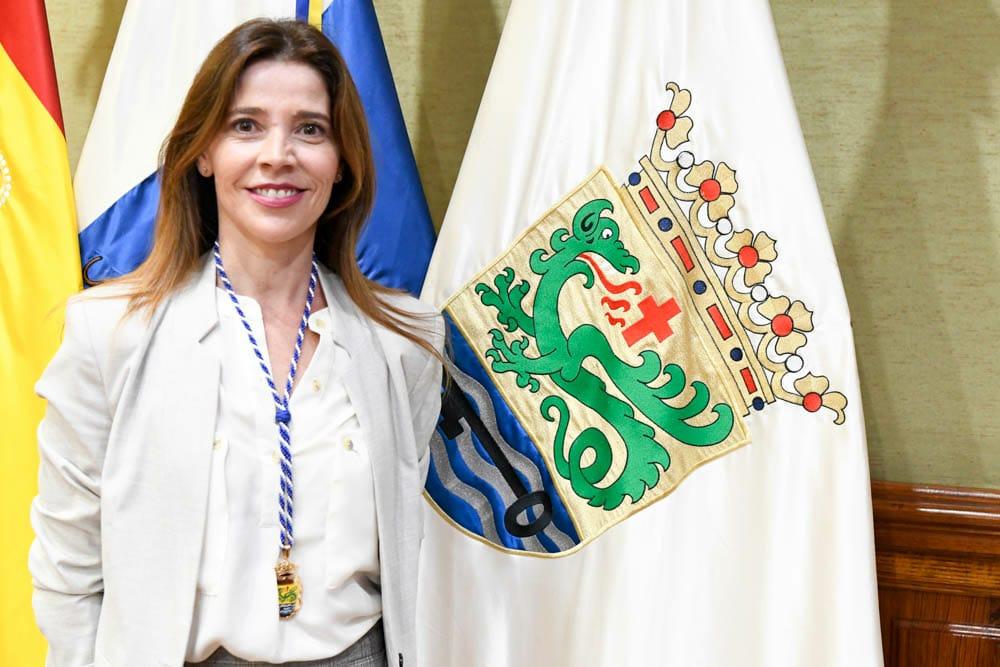 DÑA. ANTONIA MARÍA DOMÍNGUEZ SOSA