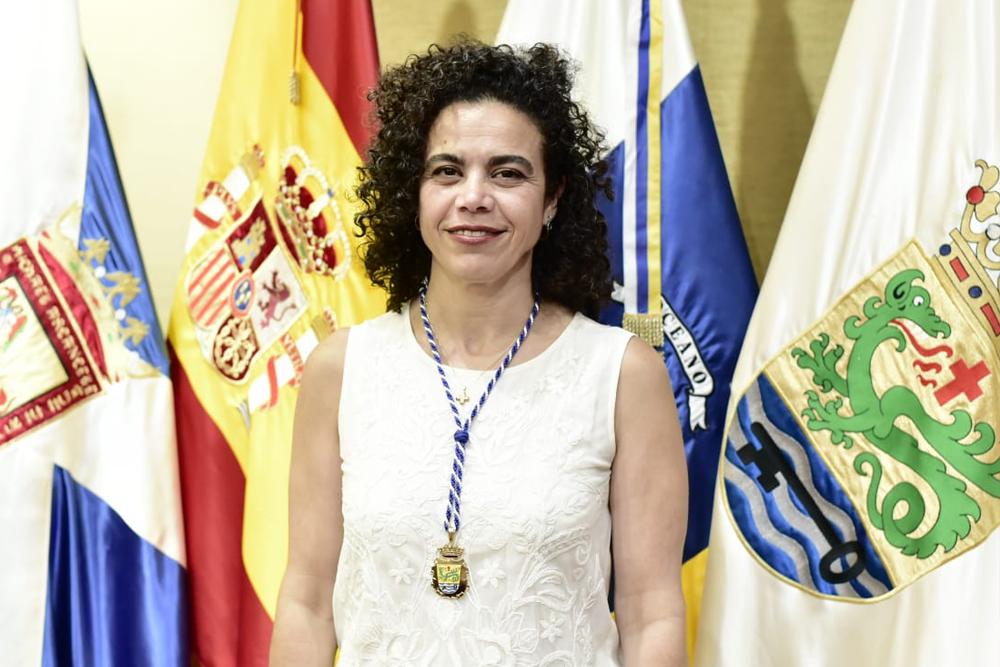 DÑA. FLORA ISABEL PERERA MÉNDEZ