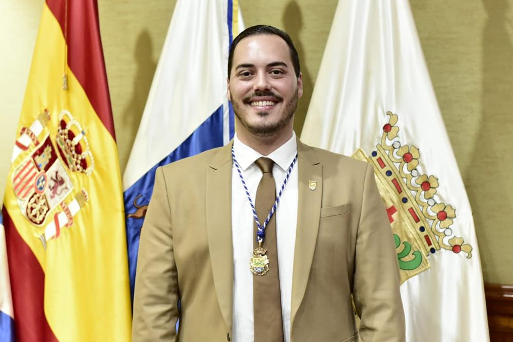 D. ROBERTO MEDINA GONZÁLEZ