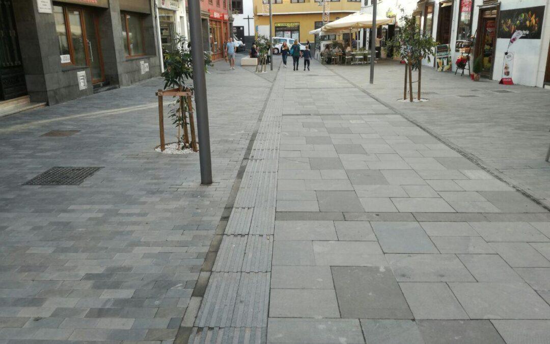 Recepción por parte del Ayuntamiento de las calles San Juan, Iriarte, Las Damas y plaza Concejil