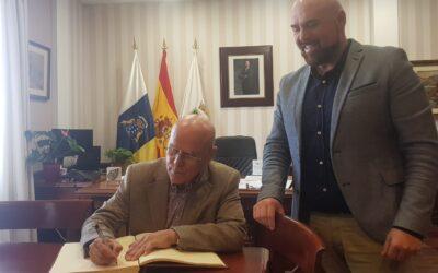 Reunión con el Diputado del Común Rafael Yanes