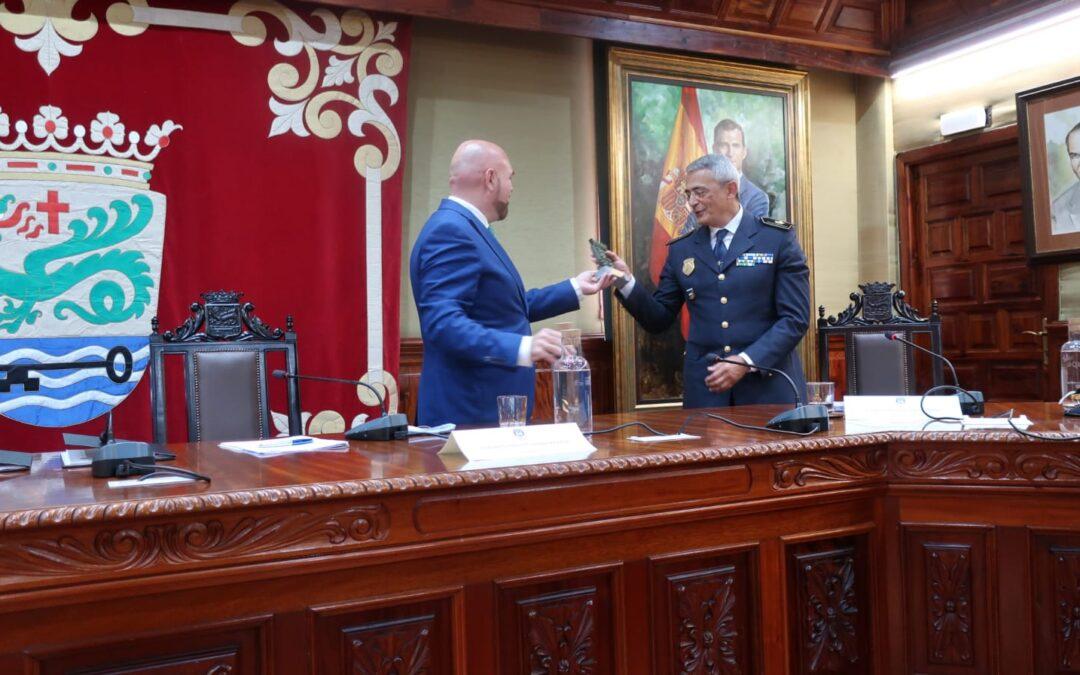 Puerto de la Cruz despide al jefe de Policía Local D. Francisco Gómez, tras 38 años de servicio a la ciudad