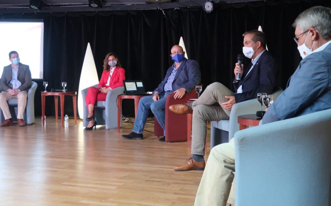 Puerto de la Cruz debate para concienciar de la importancia de la seguridad sanitaria en el presente y futuro del turismo