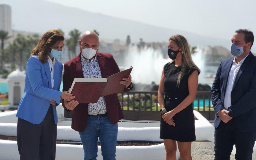 Puerto de la Cruz comparte el premio Futurismo con todo el sector turístico de la ciudad