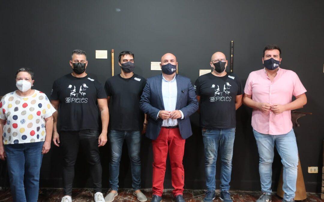 La exposición 'La tierra que suena' inaugura en Puerto de la Cruz Etnomundo, la I Muestra Etnográfica de Canarias