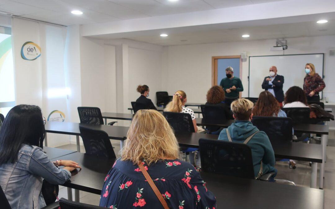 Puerto de la Cruz presenta el nuevo Programa Extraordinario de Empleo que incorpora a 35 trabajadores en diversas áreas municipales