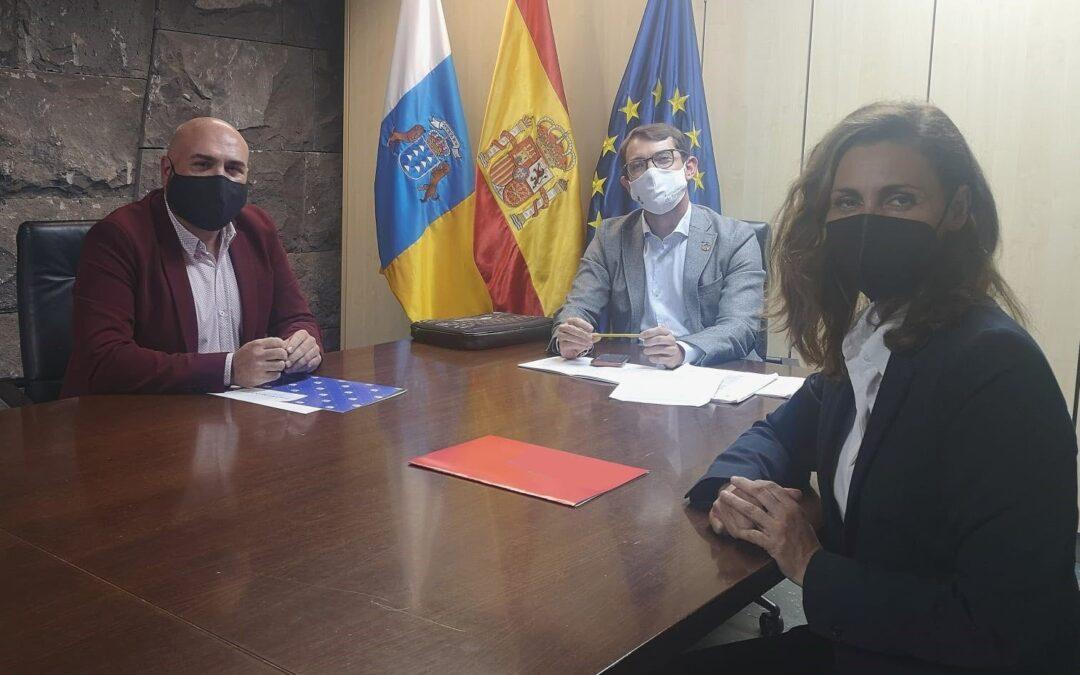 Encuentro con el viceconsejero de la Presidencia del Gobierno de Canarias