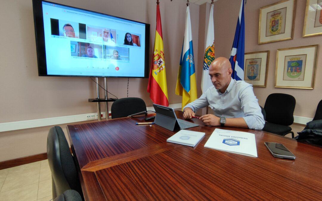 Reunión de coordinación con el Gobierno de Canarias para implementar mejoras en el Programa de Atención a Mayores del municipio