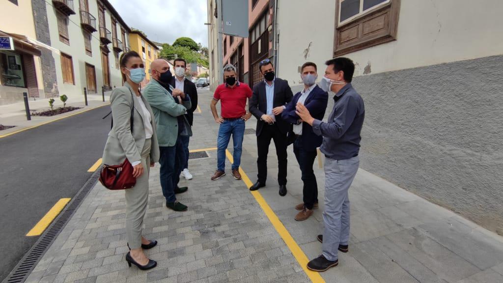 La calle Blanco de Puerto de La Cruz ya luce nueva imagen tras las obras de mejora