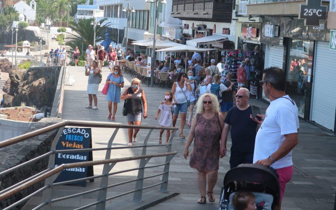 El desempleo en Puerto de la Cruz acelera su disminución este mes de agosto